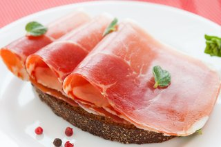 A plate of sliced ham