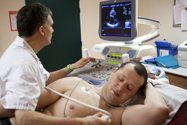 Picture of a person having an echocardiogram